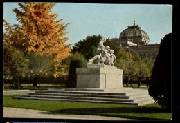 STRASBOURG - Strassburg - Palais Impérial Avec Monument - Kaiserpalast Mit Gefallenendenkmal - Strasbourg