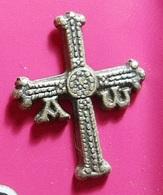 PIN * To Identify * Cross - Non Classés