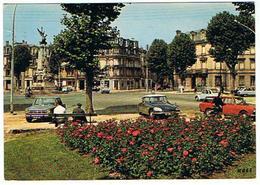 SOISSONS PLACE DE LA REPUBLIQUE    2 CV   DS     ***    A  SAISIR ***** - Soissons
