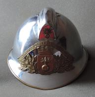 Casque De Sapeur Pompier Modèle 1933 - Sapeurs Pompiers De Sainte-Colombe La Campagne Dans L'Eure - Casques & Coiffures