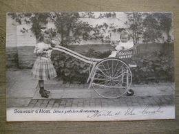 Cpa Alost Aalst - Souvenir D'Alost - Deux Petites Alostoises - Superbe Animation - 1902 - Edit. Papeterie Cornélis (?) - Aalst