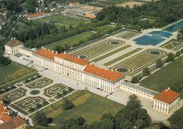 1 AK Germany Bayern * Blick Auf Das Neue Schloss In Schleissheim - Erbaut Ab 1701 - Luftbildaufnahme * - Oberschleissheim