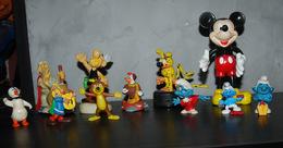 Lot De Figurine Pif, Schtroumpfs, Mickey, Astérix Etc Voir Image Et Description - Disney