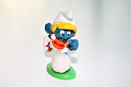 Smurfs ADVERTISING Nr 113 - *** - Stroumph - Smurf - Schleich - Peyo - Football Lady - Smurfs