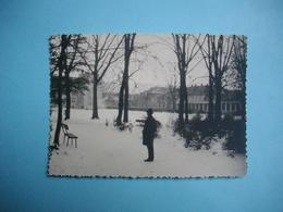 PHOTOGRAPHIE  FRANCONVILLE - 95 - Parc Et Mairie Sous La Neige  -   8,5 X 12  Cms - 1963  -  Val D'Oise - Franconville