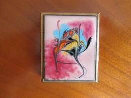 Boite Emaillee , A Bijoux Ou Documents, Au Centre Encart Pour Une Photo - Jewels & Clocks