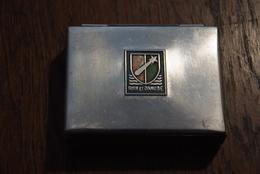 Boite à Cigarettes Rhin Et Danube 1944 En Acier Et Bois - Empty Cigarettes Boxes