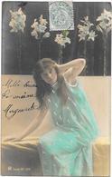CPA DOS SIMPLE  COLORISEE FANTAISIE - Belle Jeune Fille En Robe Ample - DRO/SLA - - Femmes