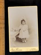 Photographie Cabinet Fillette Little Girl Photographe FLORIAN 67 Rue D'Antibes à CANNES Et Avenue Marie 0 AIX LES BAINS - Foto's