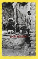 CPSM SCENES Et TYPES Les Souks L Etal Du Boucher - Cartes Postales