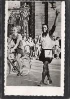 PHOTO  JOSEPH ZAMI INTERNATINAL DE MARCHE---DEDICASSEE ET SIGNEE J.ZAMI - Signed Photographs