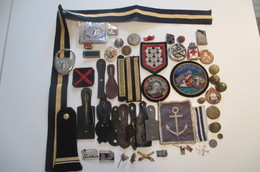 Vide Tiroir Insigness Militaire Gendarmerie Marine Etc Etc Etc - Armée De Terre