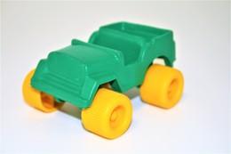 Vintage VINYL TOY CAR : Maker  - Splinder Toys Made In West Germany 10.00cm - 19XX - Rubber - Cars & 4-wheels