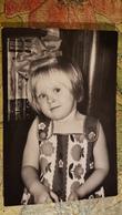 Old Original Photo  - Little Girl - Fillette - Fille -  1970s Soviet Union - Anonieme Personen