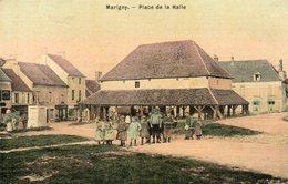 CPA - MARIGNY (02) - Vue De La Place De La Halle En 1917 - Carte Aspect Toilé - France