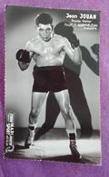 PHOTO BOXE DEDICACEE : JOUAN Jean, Poids Welter. Studio Mari Sports. - Boxing