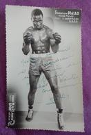 PHOTO BOXE DEDICACEE : DIALLO Souleymane, Poids Moyen, Professeur Quéfféléan. Studio Mari Sports. - Boxing