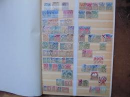 PAYS-BAS TOUTES EPOQUES. JOLIE COLLECTION OBLITEREE DONT MULTIPLES. (2112) 800 Grammes - Verzamelingen
