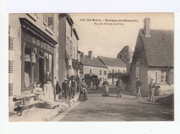 En Berry. Savigny En Sancerre. Rue Du Champ De Foire. Devanture De Magasin. Attelage Chevaux. (2732) - Autres Communes