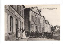 En Berry. Villequiers. La Mairie. Groupe D'enfants. Devanture Boulangerie Et Café. (2735) - France
