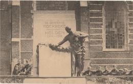 MOERBEKE WAAS  Standbeeld Der Gesneuvelde Oorlogshelden 1914-1918 - Moerbeke-Waas