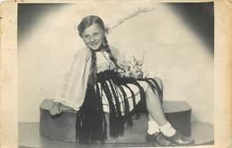 D1285 Photo Postcard 1942 Romania Brasov Girl Portrait Folk Costume - Photographie