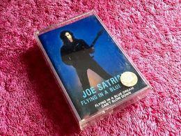 Cassette Audio Joe Satriani   Flying In A Blue Dream - Audio Tapes
