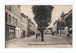 La Vendée Pittoresque. Fontenay Le Comte. Place Du Commerce Et La Poissonnerie. Devantures Magasins. (2738) - Fontenay Le Comte