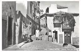 Lisboa, Antiga, Alfama, Rua Dos Corvos - Lisboa