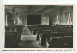 Paquebot Ile De France La Piscine - La Salle De Spectacle N°8 (cp Vierge) - Dampfer