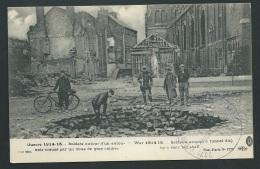 Guerre 1914/15 - Soldats Autour D'un Entonnoir Creusé Par Un Obus De Gros Calibre  Zba52 - Guerre 1914-18