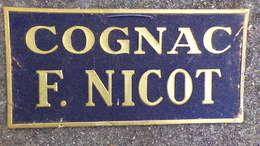 16- COGNAC- RARE BEAU CARTON GAUFRE OR PUBLICITAIRE COGNAC F. NICOT- RECLAME G. COHEN 68 RUE DE PARIS JOINVILLE LE PONT - Alcoholes