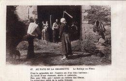 V13025 Cpa 19 Au Pays De La Chabrette, Le Battage Au Fléau - Unclassified
