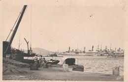 Var : TOULON : Vue Sur Le Port ( Rare) - Bateau De Guerre - Toulon