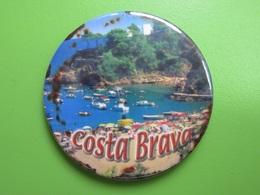 121 - Aimant De Frigo - Costa Brava - Plage - Espagne - Tourisme