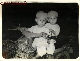 VIETNAM INDOCHINE SAÏGON MOTO MOTARD SCOOTER BEBE BABY KID YAMAHA - Motorbikes