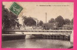CPA (Réf : PA004) ROCHEFORT-sur-MER (17 CHARENTE MARITIME) Le Pont Tournant Du Bassin N° 1 (animée, Wagons) - Rochefort
