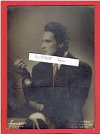 GEORGES MARCHAL PHOTOGRAPHIE HARCOURT AVEC AUTOGRAPHE DECEMBRE 1944 LES HAUTS DE HURLE VENT AU THEATRE HEBERTOT - Beroemde Personen