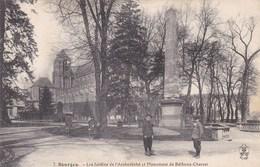BOURGES LES JARDINS DE L'ARCHEVECHE ET MONUMENT DE BETHUNE CHAROST (dil364) - Bourges
