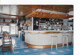 2 CP Juan-les-Pins : Hôtel Windsor Et Bijou Plage (cuisinier Brossin) : Le Bar-restaurant - Hotels & Restaurants