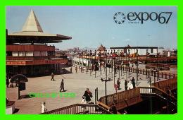 EXPOSITIONS - EXPO67, MONTRÉAL - LA PLACE D'ACCUEIL - No EX233 - - Expositions
