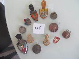 Medailles Ou Insignes ,plusieurs Scans  (( Lot 405 )) - Tokens & Medals