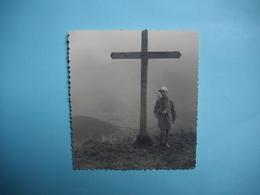 PHOTOGRAPHIE  Le Sommet De LA BOURGEOISE  -  74 - La Croix  -  1961 - 8,7 X 8,8  Cms -  Haute Savoie - Altri Comuni