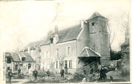 N°61815 -cpa Massy -cour Des Bannières- - Fermes