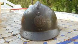 Casque Français Adrian Modèle 26 Insigne Justice Militaire - Headpieces, Headdresses