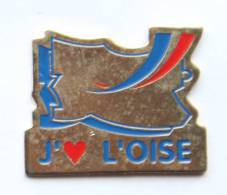 Pin's J'AIME L'OISE - Carte Du Département - Tosca - H115 - Administrations