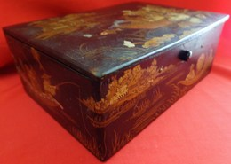 XIX° BOITE BOIS  LAQUE NOIRE DE CANTON DECOR DE PERSONNAGES CHINOIS, ANTIQUE BOX  Chinese Poeple , ASIAN ART - Art Asiatique
