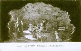 63 - ROYAT - Intérieur De La Grotte Du Chien - Royat