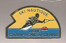 37390-Pin's.ski Nautique.ligue Champagne Ardenne.. - Water-skiing