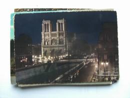 Frankrijk France Frankreich Parijs Paris Notre Dame Illuminée - Notre-Dame De Paris